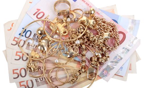 Bijoux payés au comptant